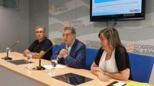 Javier Marta, Sebastián Celaya y María Bestué durante la presentación del balance.