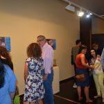 Visitantes de la exposición tras la inauguración. I.C.